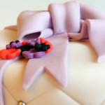 Gâteau fleur et noeud (1)