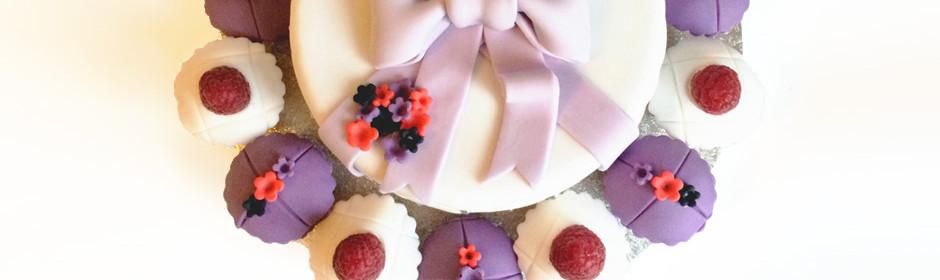 Bow & Flower Cake