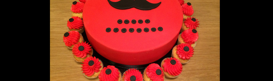 Gâteau moustache
